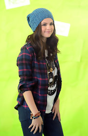 Selena looked all sorts of hipster in this slouchy heathered knit cap.