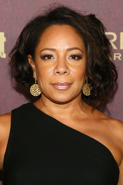 Selenis Leyva Curled Out Bob [hair,hairstyle,eyebrow,chin,black hair,shoulder,long hair,forehead,lip,brown hair,arrivals,selenis leyva,sunset tower hotel,west hollywood,california,entertainment weekly,entertainment weekly pre-emmy party]