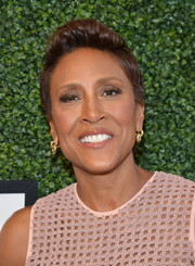Robin Roberts styled her hair into a fauxhawk for the Serena Williams Signature Statement by HSN show.