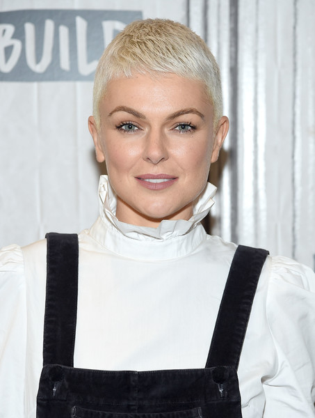 Serinda Swan Buzzcut [the new show ``inhumans,show,hair,face,hairstyle,eyebrow,blond,forehead,chin,lip,white-collar worker,neck,serinda swan,build presents anson mount,inhumans,new york city,build studio,build series]
