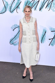 Lauren Santo Domingo looked impeccable in a sleeveless tweed shirtdress by Chanel at the Serpentine Galleries Summer Party.