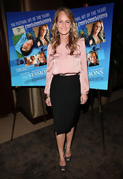 Helen Hunt finished off her silky separates with a shimmering pair of black peep toe pumps.