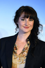 Shailene Woodley looked adorable with her loose side braid at the Deauville American Film Festival photocall.