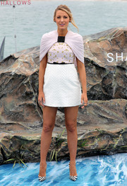 Blake Lively chose a Giambatista Valli Couture beaded mini dress with capelet detailing for 'The Shallows' photocall.