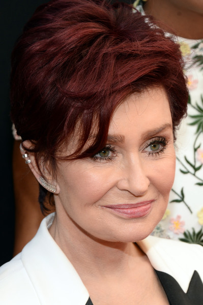 Sharon Osbourne Layered Razor Cut [red carpet,hair,face,hairstyle,eyebrow,chin,forehead,beauty,lip,hair coloring,brown hair,sharon osbourne,red carpet,california,los angeles,westin bonaventure hotel,daytime emmy awards]