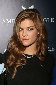 Nina Agdal was gorgeously coiffed with sculpted curls during the American Eagle Mexico City store opening.