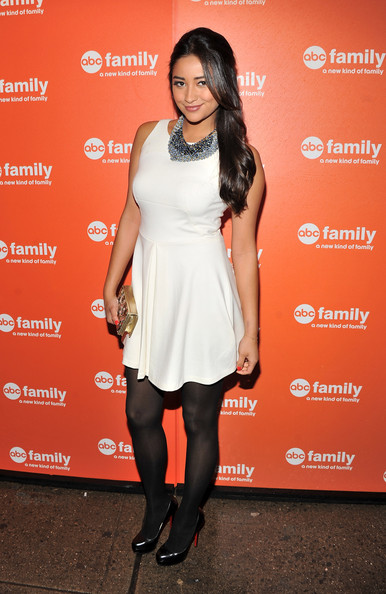 Shay Mitchell Platform Pumps