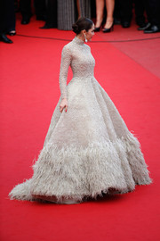 All eyes must have been on Araya Hargate as she floated down the 'Sicario' premiere red carpet in this jaw-dropping Ashi Studio Couture ballgown boasting intricate embroidery and a voluminous feathered skirt.