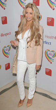 Chantelle Houghton kept her look soft and airy with and all-white look topped off with a nude blazer.