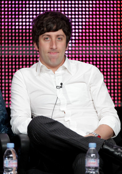 Simon Helberg Hair