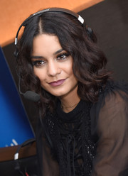 Vanessa Hudgens looked adorable with her short, center-parted curls while attending SiriusXM's broadcasts from Comic-Con.