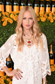 Rachel Zoe showed off her styling prowess with this massive statement necklace teamed with a white lace dress at the Veuve Clicquot Polo Classic.