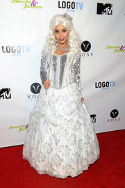 Nicole Polizzi attended the Night of the Living Drag event dressed like a fairytale princess in this silver and white confection.