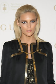 Anja Rubik wore her sleek tresses dramatically swept back for the Sloan-Kettering Cancer Center Spring Ball.