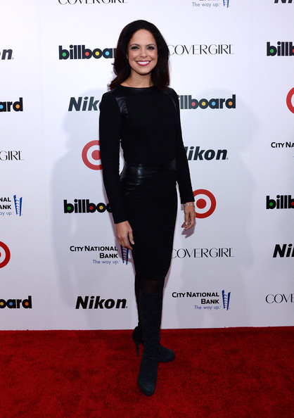 Soledad O'Brien Knee High Boots [women in music,clothing,carpet,red carpet,footwear,dress,fashion,joint,premiere,shoulder,tights,soledad obrien,annual women in music event,new york city,capitale,billboard,event]