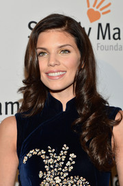 AnnaLynne McCord looked like a doll with her long curly 'do at the Life is Love Gala.