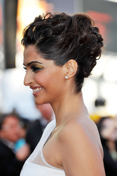 Sonam Kapoor Pinned Up Ringlets