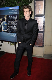 Andrew Garfield paired his dark jeans with a classic black blazer.