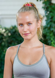 Sailor Brinkley Cook attended the Southampton Sweat event wearing her hair in a casual ponytail.