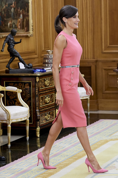 More Pics of Queen Letizia of Spain Day Dress (1 of 14) - Dresses & Skirts Lookbook - StyleBistro [ona carbonell,royals,letizia,pink,clothing,dress,shoulder,lady,fashion,leg,fashion model,footwear,neck,spanish,spain,zarzuela palace,madrid]