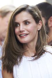 Queen Letizia of Spain sported a high-volume layered cut while visiting the Can Prunera Museum in Palma de Mallorca.