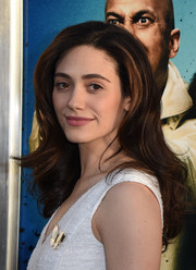 Emmy Rossum was gorgeously styled with bouncy waves at the special presentation of 'Keanu.'