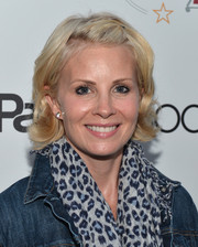 Monica Potter attended the special screening of 'Parenthood' wearing her hair in casual short waves.