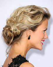 Brooklyn Decker wore her wavy locks in a loose bobby-pinned updo at Spike TV's 2011 Video Game Awards.