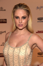 Genevieve Morton slicked her hair back wet-look style for the SI Swimsuit Takes Over the Schermerhorn Symphony Center event.