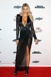 Samantha Hoopes toughened up her look with a pair of black open-toe boots.