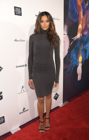 Heidy De La Rosa showed off her super-slim physique in a gray turtleneck sweater dress during the Sports Illustrated Sportsperson of the Year ceremony.