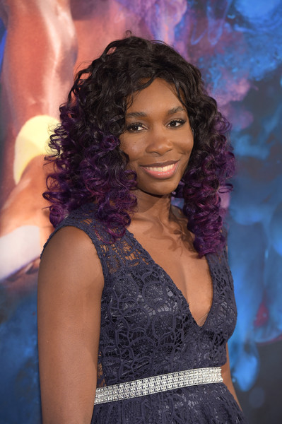 Venus Williams looked fabulous with her purple-tinged curls at the Sports Illustrated Sportsperson of the Year ceremony.