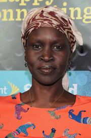Alek Wek attended the Sprint Sound Sessions wearing an exotic head scarf.