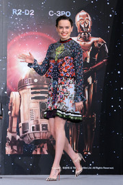 Daisy Ridley wore Christian Louboutin Last Empress Mary-Jane heels to complete her eclectic look at the 'Star Wars: The Force Awakens' press event.