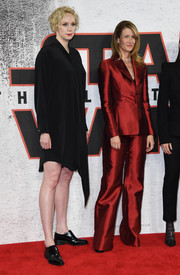 Laura Dern looked impeccable in a red wide-leg pantsuit by Gabriela Hearst at the 'Star Wars: The Last Jedi' photocall.