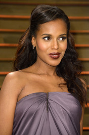 Kerry Washington topped off her look with a sweet half-up 'do during the Vanity Fair Oscar party.