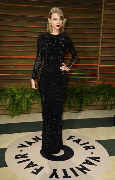 Dramatic Black by Julien Macdonald for the Vanity Fair Oscar Party