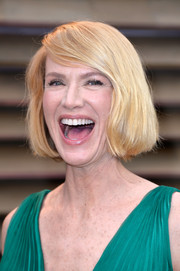 Kelly Lynch kept it youthful and classic with this bob when she attended the Vanity Fair Oscar party.