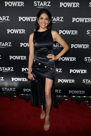 Lela Loren donned a stylish LBD with gold buttons and a thigh-baring slit for the 'Power' season 4 premiere.