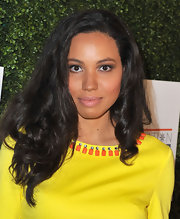 Jurnee's full lips looked totally alluring and supple with this natural-looking nude lip.