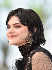 SoKo rocked wet-look hair at the Cannes photocall for 'The Stopover.'