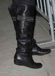 "Nikki Reed showed off her killer bier boots while at the DVD launch of ""The Twilight Saga:New Moon"". The meal hardware gave her boots the right amount of edge."
