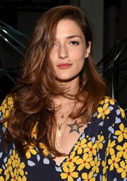 Eleonora Carisi wore her hair down with bouncy, feathery waves during the Suno fashion show.