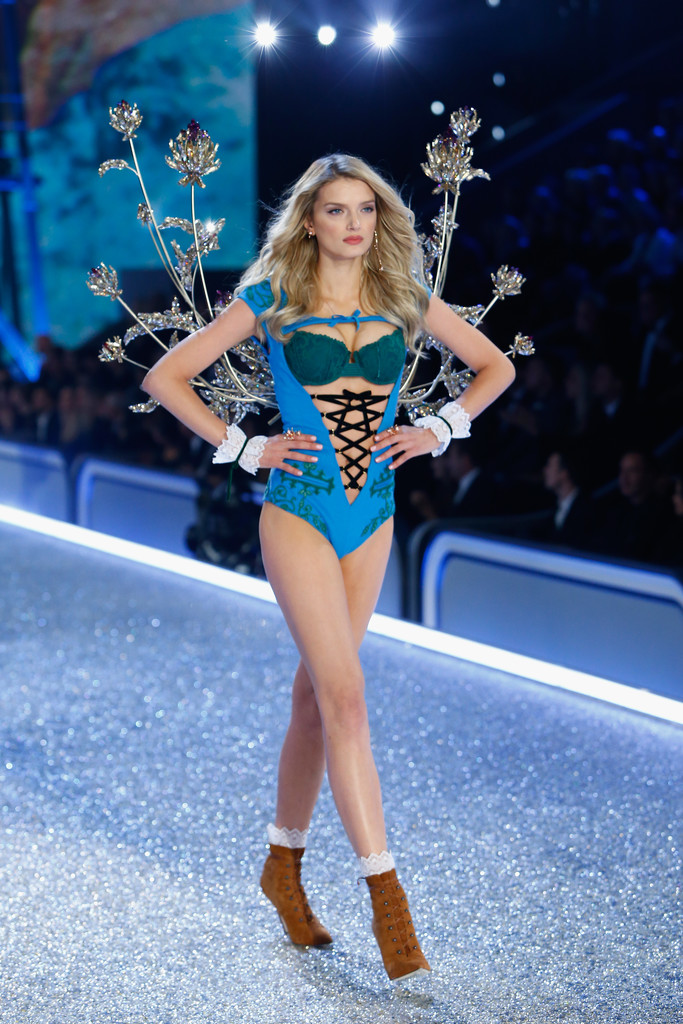 Lily Donaldson Every Stunning Look From The 2016
