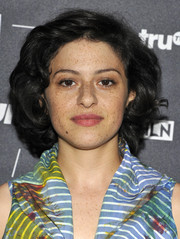 Alia Shawkat was classic with her curled-out bob at the 2016 TCA Turner Summer Press Tour.