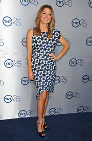 Sasha's bold blue and white pattered dress was a cool abstract-inspired look.