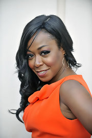 Tichina Arnold styled her hair in a lovely side-sweep for the TV Land event.