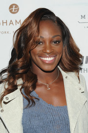 Sloane Stephens looked gorgeous at the Party with the Pros wearing this glamorous curly 'do!