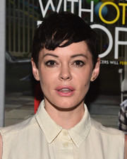 Rose McGowan attended the screening of 'Sleeping with Other People' wearing her usual breezy pixie.