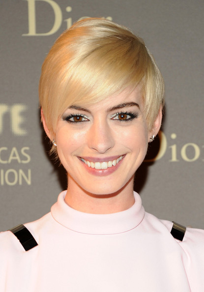 More Pics of Anne Hathaway Pixie (1 of 7) - Anne Hathaway Lookbook - StyleBistro